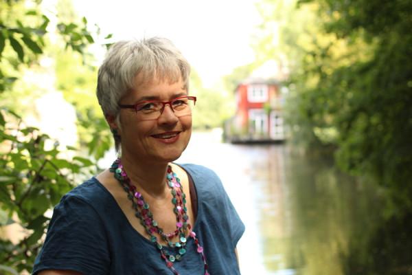Das Ufer des Kaiser-Friedrich-Ufers ist der Lieblingsort von Kersten Artus. Foto: Ada von der Decken