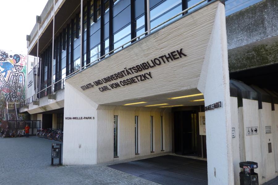 """Seit 2013 verleiht die Staatsbibliothek jedes Jahr den Buchpreis """"HamburgLesen""""."""