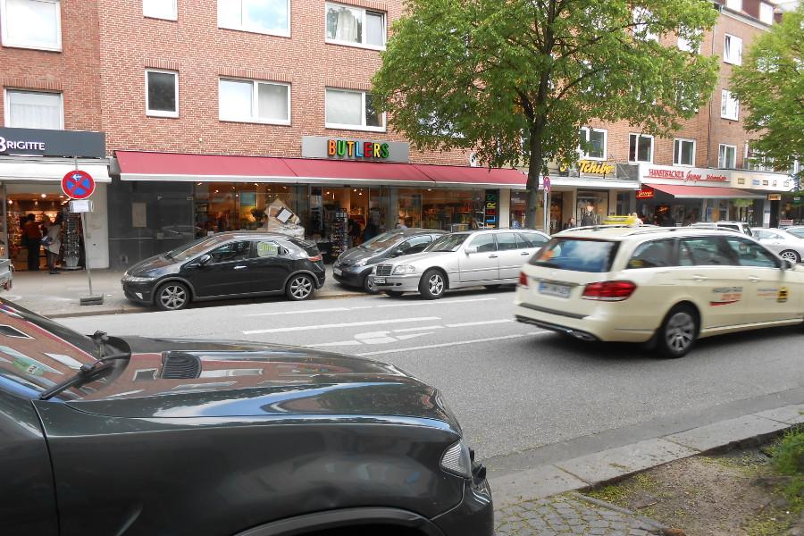 Autoverkehr auf der Osterstraße. Foto: Anja von Bihl