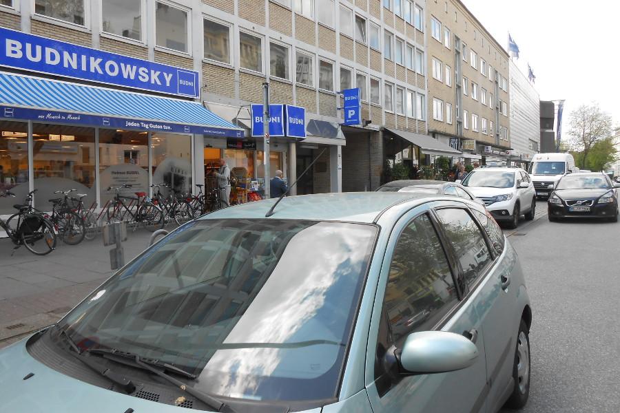Parken auf der Osterstraße. Foto: Anja von Bihl