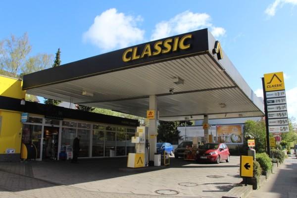 Die Classic-Tankstelle im Eidelstedter Weg schließt. Foto: Ada von der Decken