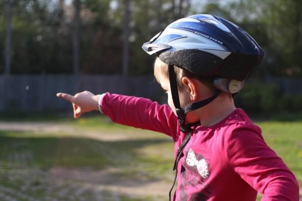 Kinder, die kein Blatt vor den Mund nehmen, können einen in peinliche Situationen bringen. Foto: Ada von der Decken
