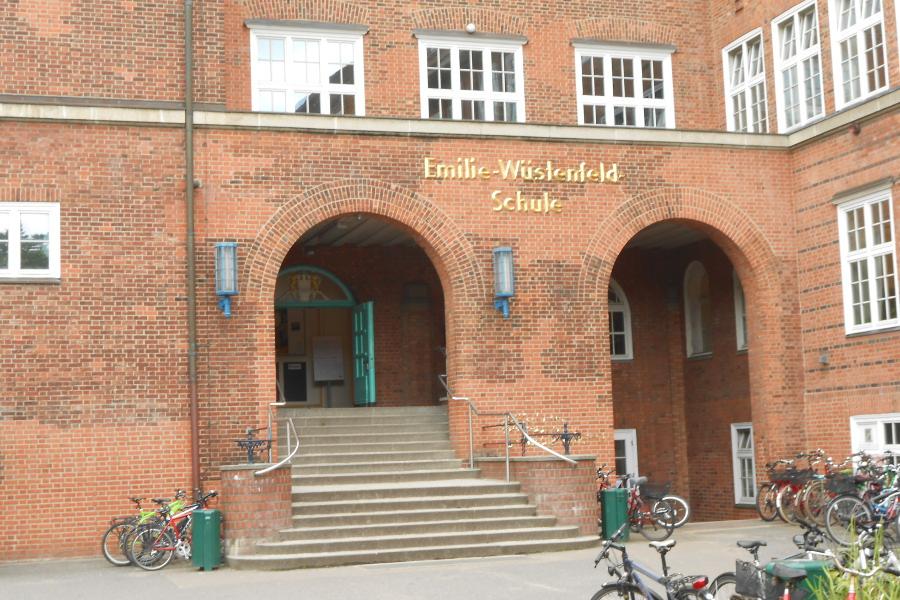 Emilie--Wüstenfeld-Gymnasium. Foto: Anja von Bihl