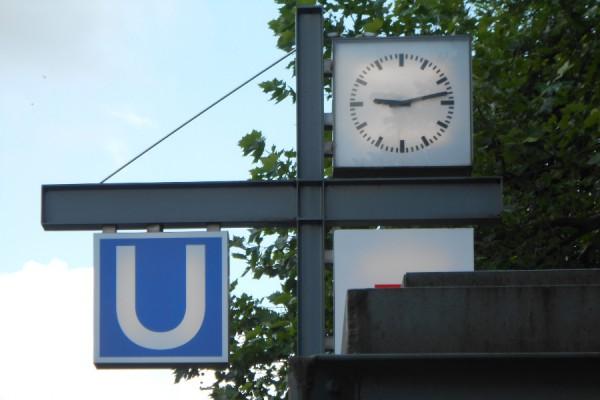 Zwei Wochen lang wird die U1 zwischen Jungfernstieg und Kellinghusenstraße gesperrt. Foto: Anja von Bihl