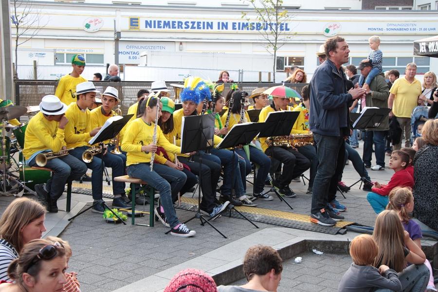 """Brasilianische Big Band """"Pindoretama"""". Foto: Jan Hildebrandt"""