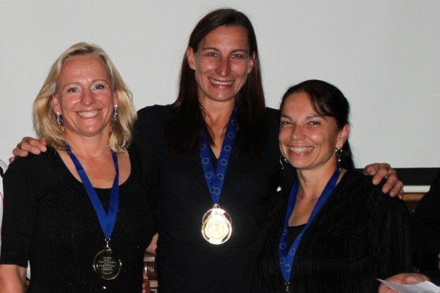 WM-Gold für das deutsche Team Gerlind Nagel, Gesche Reimers, Beate Schnkel (v.li.). Quelle: ETV