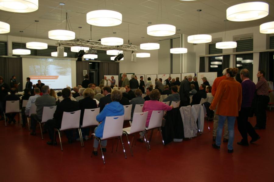 Festhalle der Schule Vizelinstraße. Foto: Anja von Bihl