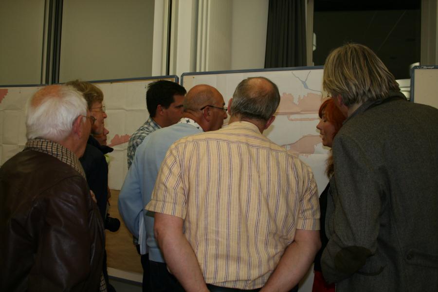 Hinterher noch Diskussion in kleinen Gruppen. Foto: Anja von Bihl