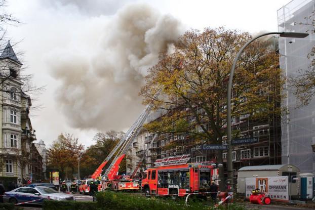 Der Brandort Bismarckstraße Ecke Eichenstraße. Foto: Tim Eckhardt