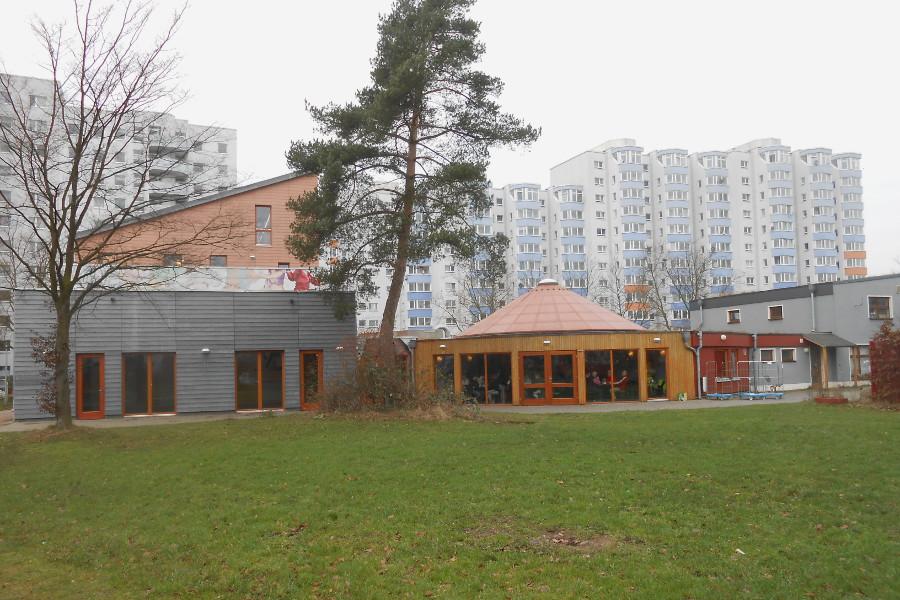 Bürgerhaus Lenzsiedlung mit Café Veronika. Foto: Anja von Bihl