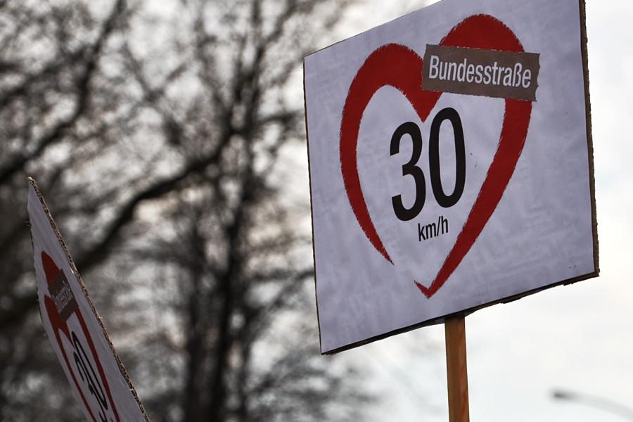 In der Bundesstraße wird Tempo 30 eingeführt. Foto: Elena Salerno