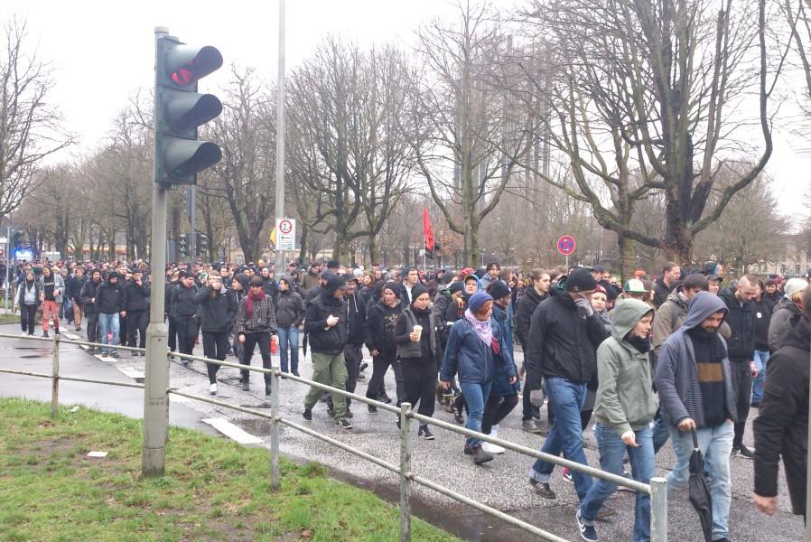 Über den Mittelweg lief der Zug Richtung Sophienterrasse. Foto: Annika Demgen
