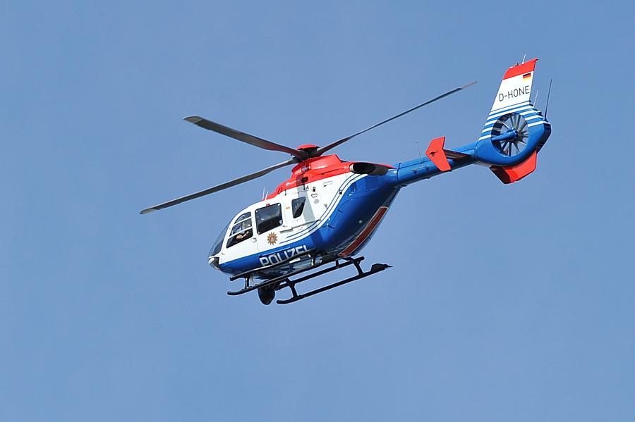 Polizei sucht mit Hubschrauber nach verschwundener UKE Patientin