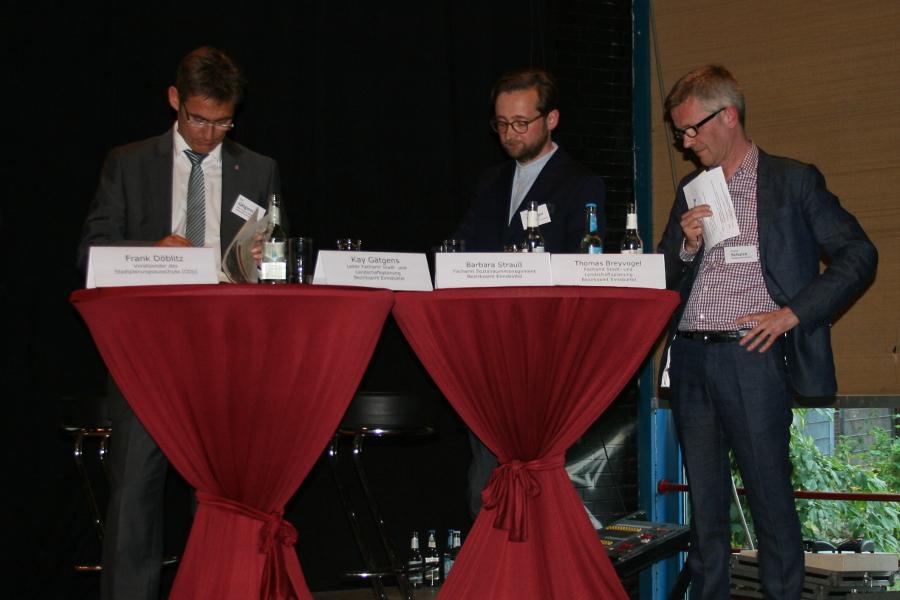 Kay Gätgens, Thomas Breyvogel und Moderator Thomas Schulze.