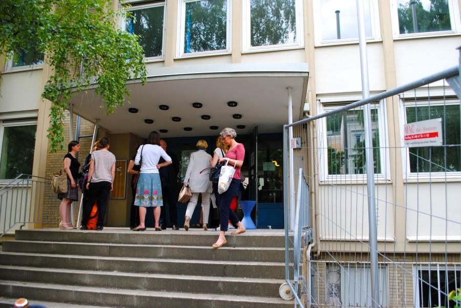 Der Eingang der künftigen Flüchtlingsunterkunft? Die Nutzung des Gebäudes ist noch ungeklärt.