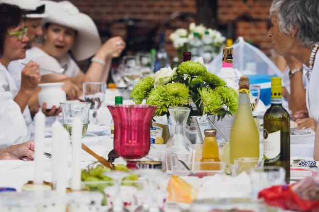 Festlich gedeckter Tisch. Foto: Marcel Ruhnau