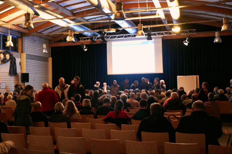Info-Veranstaltung zur Flüchtlingsunterkunft. Foto: Laura Wesseler