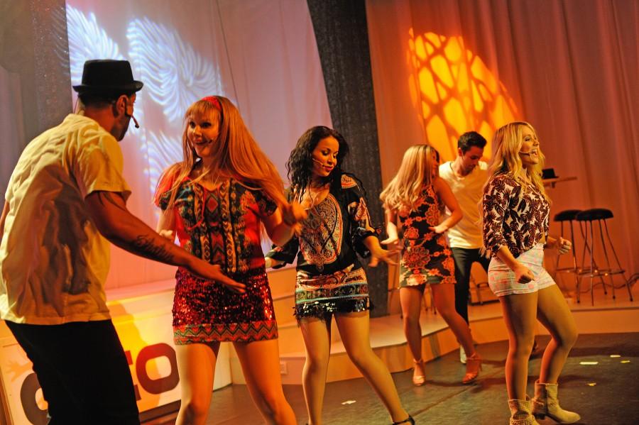 Der Delphi Showpalast lädt ein zu einer Reise zu den größten Musikshows der letzten 50 Jahre. Seht und hört Songs von One Republic, Udo Lindenberg, Modern Talking und vielen mehr. Weitere Informationen Foto: Delphi Showpalast
