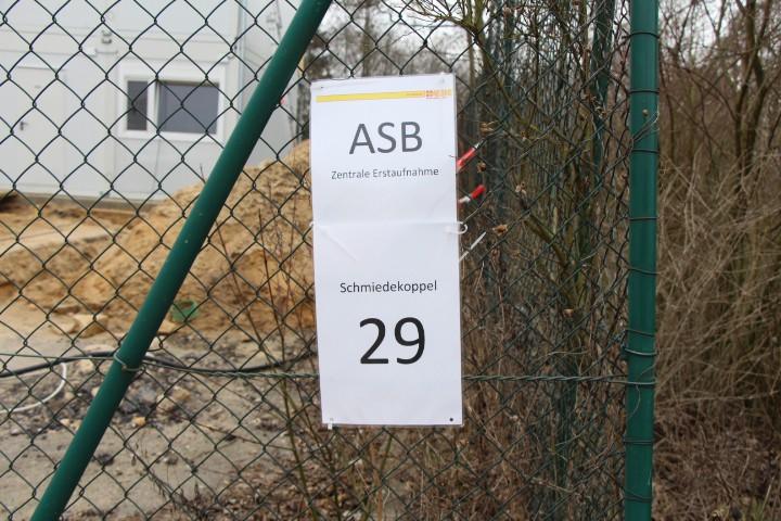 Der ASB betreibt die Flüchtlingsunterkinft. Foto: Niklas Rademacher
