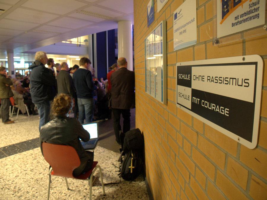 Völlig rassismusfrei war die Julius-Leber-Schule an diesem Abend nicht. Foto: Annika Demgen