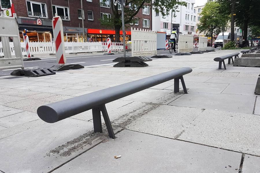 Zwischen Schwenckestraße und Heußweg sind die Anfahrbügel in der Osterstraße zu finden. Foto: Malte Klauck