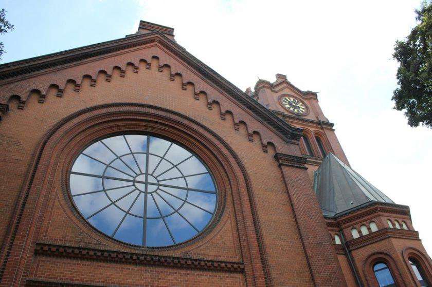 1893/94 wurde die Apostelkirche erbaut. Foto: Jannika Grimm