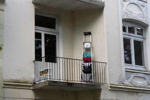 Der Eimsbütteler an sich ist reinlich, praktisch veranlagt und erfinderisch. Wie man z.B. hier in der Telemannstraße deutlich sehen kann. Foto: Eimsbütteler Nachrichten