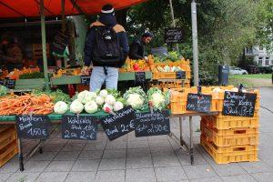 Der Gemüsestand darf auf keinen Fall fehlen. Foto: Leo Papenberg