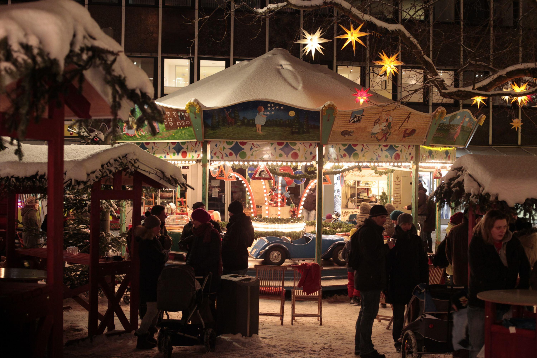 Weihnachtsmarkt Osterstraße: Karussell. Foto: Weihnachtsmarkt Osterstraße