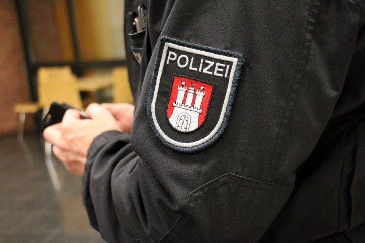 Stiller Protest gegen AfD-Veranstaltung in Eimsbüttel