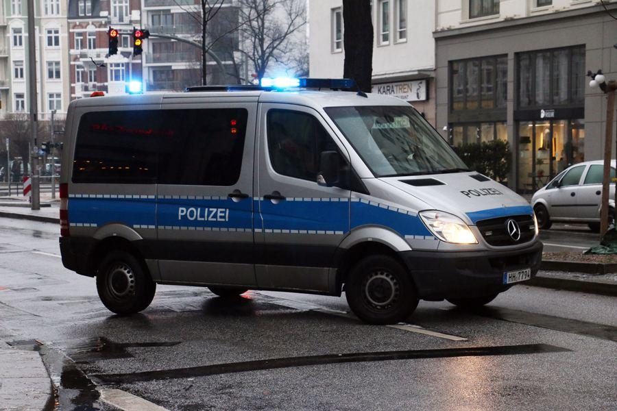 Mercedes nach illegalem Autorennen beschlagnahmt