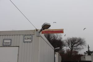 Auch die Gasse in der sich der Container mit der Schneiderwerkstatt befindet hat einen passenden Namen bekommen. Foto: Ida Wittenberg