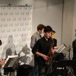 """Die Band """"keep of the grass"""" spielt beim Schülerzeitungswettbewerb. Foto: Johanna Hänsel"""