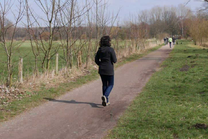Der Kollauwanderweg verläuft teilweise vorbei an der Eidelstedter Feldmark. Dort wird heute noch Landwirtschaft praktiziert. Foto: Behörde für Umwelt und Energie, Hamburg