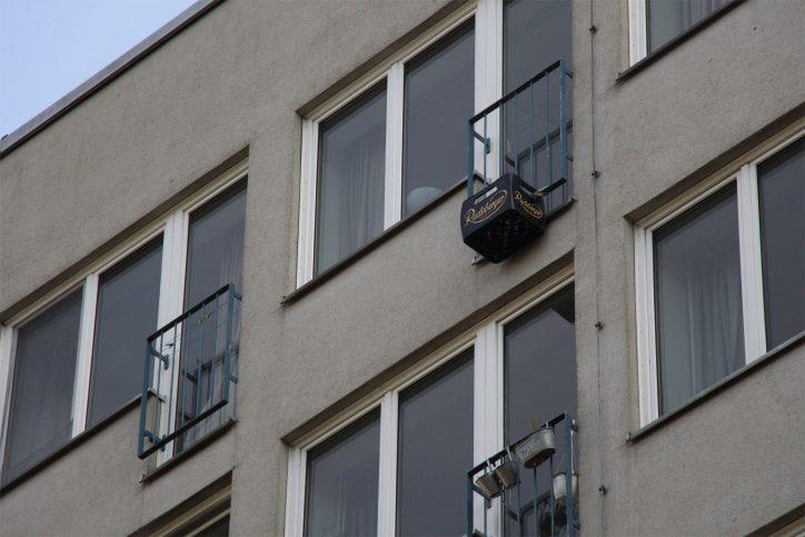 Außenkühlschrank am Studenwohnheim