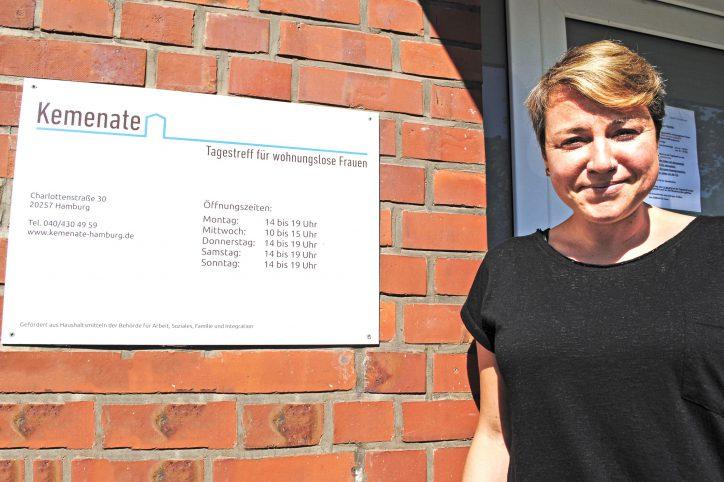 Tanja Lazarevic ist Sozialarbeiterin und gehört zum Team der Kemenate. Foto: Lea Freist