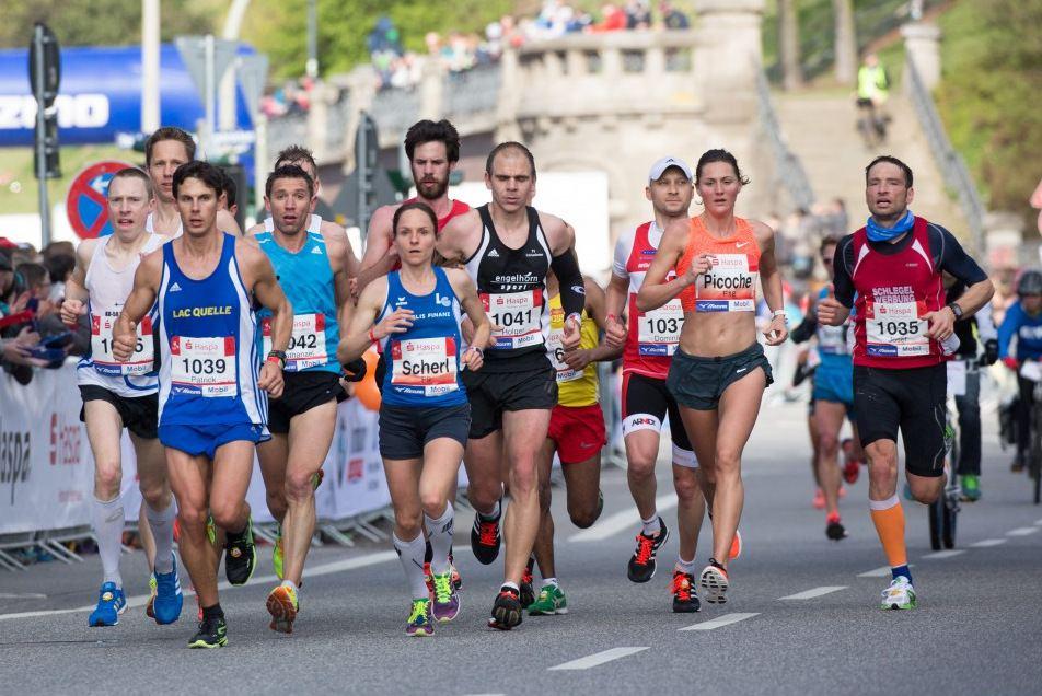 33. Hamburg Marathon sorgt für Verkehrsbehinderungen