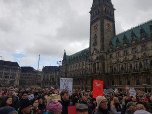 March for Science Hamburg am Rathausmarkt. Foto: Anna Gröhn
