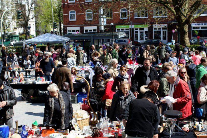 Anwohner-Flohmarkt auf dem Else-Rauch-Platz. Foto: Leon Battran