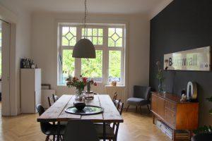 Ein weiterer Blick in das Esszimmer der Eimsbütteler Familie. Foto: Alisa Pflug