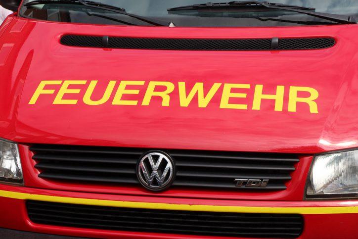 Feuerwehreinsatz wegen brennender Müllbox