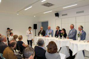 Eröffnung des Schülerforschungszentrums mit Schulsenator Thies Rabe und Universitätspräsident Dieter Lenzen. Foto: Alisa Pflug