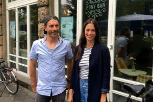 Bente Faust und Dorothee Vogt von Demokratie in Bewegung. Foto: Melissa Markovs