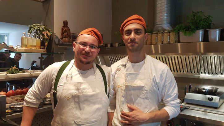 Feras Mekhail und sein Kollege Raed Mathla. Foto: Anna Gröhn