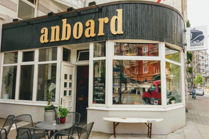 """Streetwearlabel """"Anboard"""" eröffnet Pizzeria in Eimsbüttel"""