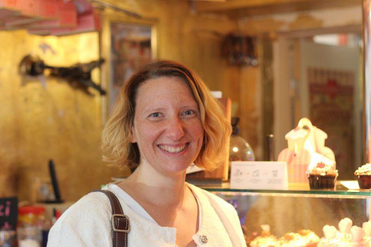 Cu&Cake-Kundin Sibylle Schuster. Foto: Phillip Holländer