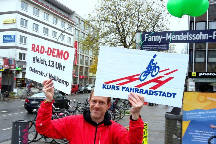 Fahrrad-Demo zur Eröffnung der Osterstraße. Foto: Eimsbütteler Nachrichten