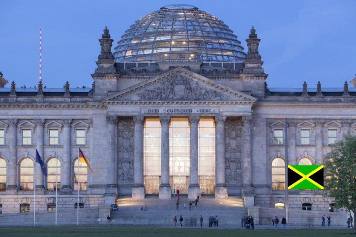 Reichstag mit Jamaika. Foto: Axel Hartmann / Deutscher Bundestag