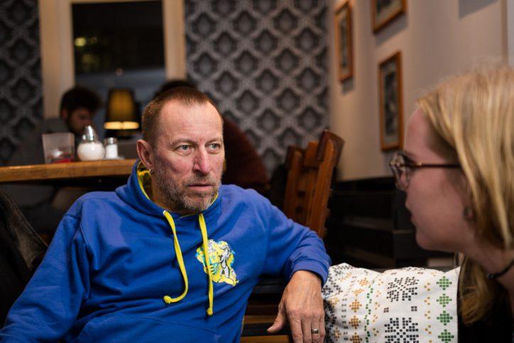 Gugel im Gespräch mit Karoline Gebhardt. Foto: Alex Povel