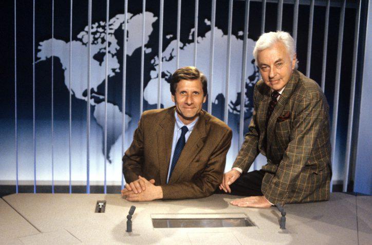 Die Tagesthemen von 1991 mit Ulrich Wickert mit Hanns-Joachim Friedrichs. Foto: NDR / G. Schläger